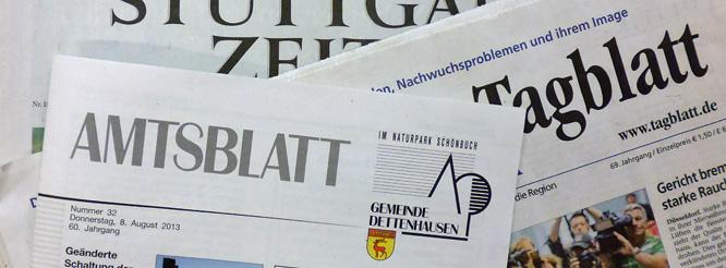 Titelseiten von Zeitungen