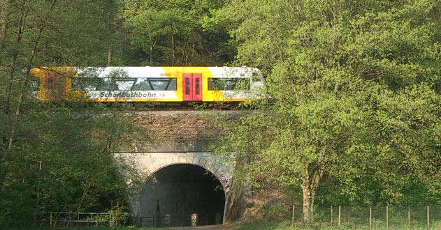 Schönbuchbahn Brücke im Tal